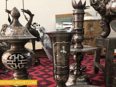 Mách bạn cách lựa chọn đèn trang trí bàn thờ Phật