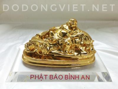 Tượng Phật Di lặc dáng nằm mạ vàng để xe ô tô