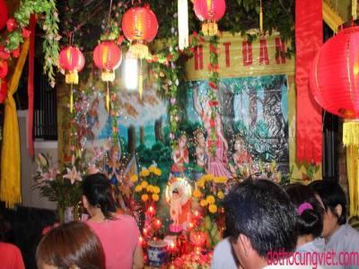 Những vật phẩm ý nghĩa cúng dường Phật bảo