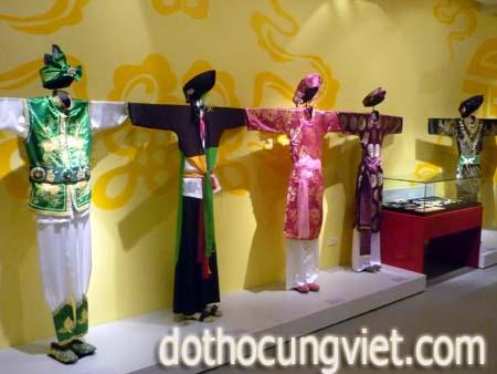 trang-phuc-trong-nghi-thuc-hau-dong