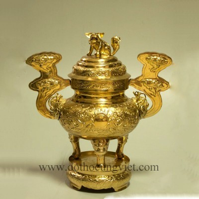 Lư hương đồng vàng