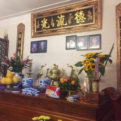Mẫu bàn thờ gia tiên truyền thống
