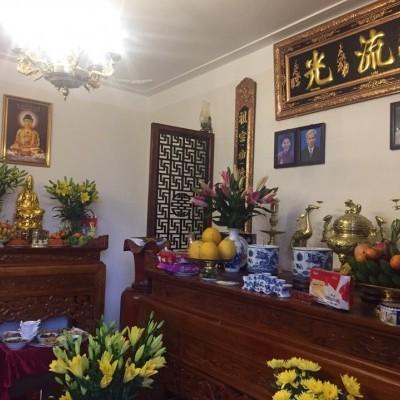 Mẫu bàn thờ Phật và bàn thờ gia tiên tại gia